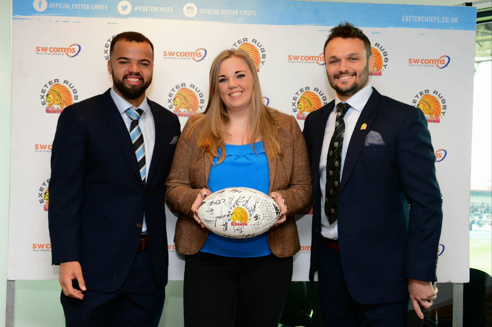 Evans Transport sponsor Exeter Chiefs Match ball